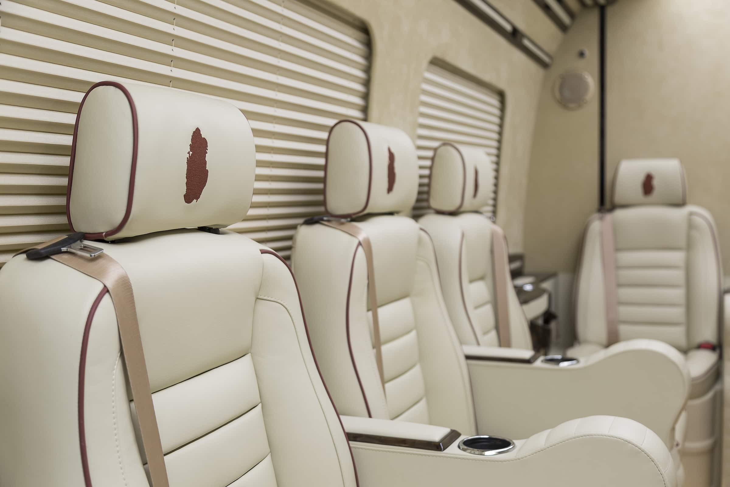 Qatar - Mercedes Sprinter - VIPdesign